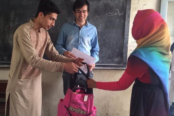APn in Kabul - Distribution of Stationary To School Kids (Spring of Hope)